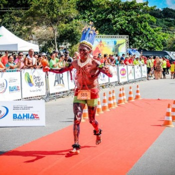 Categoria indígenas é um dos destaques da Meia Maratona do Descobrimento